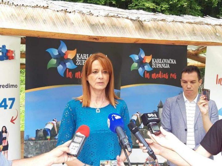"""Karlovačka županije predstavila mobilnu turističku karticu """"IN MEDIAS RES"""""""