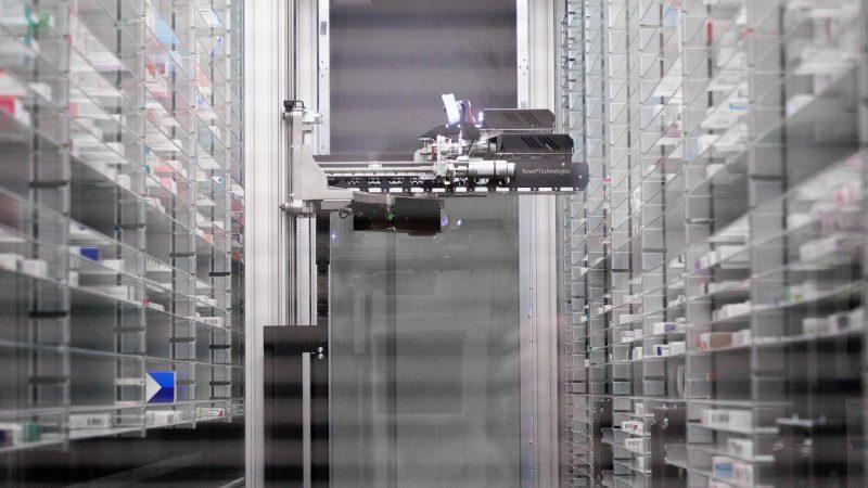 Ljekarna u Varaždinu predstavila automatizirano skladište s robotskom rukom
