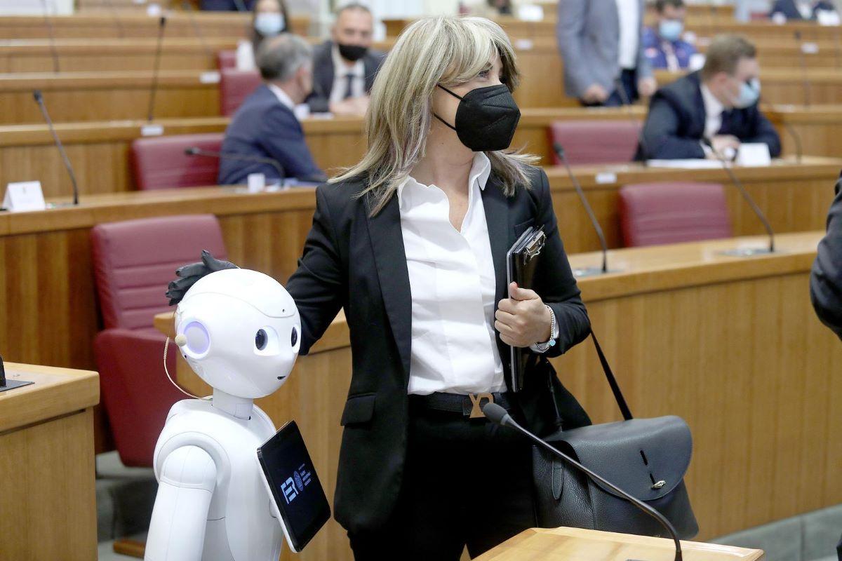 Predstavljanje FER-ovog Centra za umjetnu inteligenciju na Konferenciji o budućnosti Europe